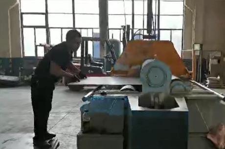 四辊卷板机卷圆视频